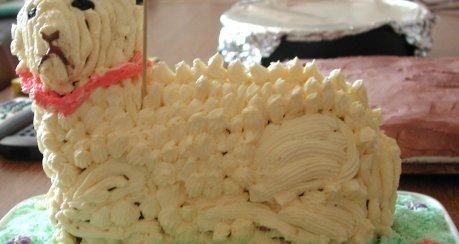 Buttercreme-Schäfchen für Ostern/Kommunion