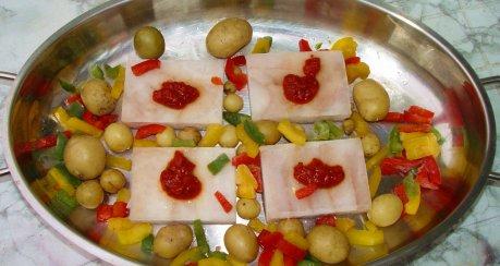 pikantes Fischgratin mit Paprika und Frühkartöffelchen (einfach & schnell)