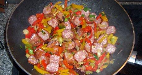 Bohnensuppe mit Wachtelbohnen ungarischer Art – scharf