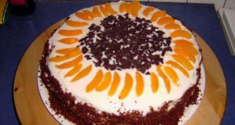 Aprikosen - Krokant - Torte