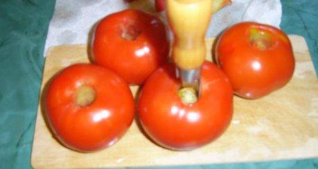 Tomaten-Nudelsalat mit flambierten Szechuanpfeffer-Hühnerbrustfilet