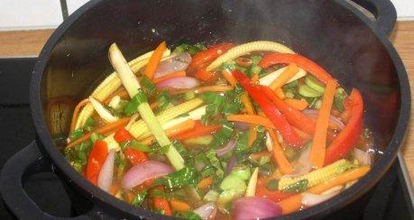 """Gemüse-Lammpfanne """"Hot & Spicy"""""""