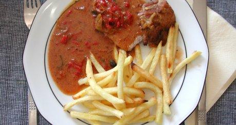 Rollbraten Barbecue-Style (Peperoni-Sauce)