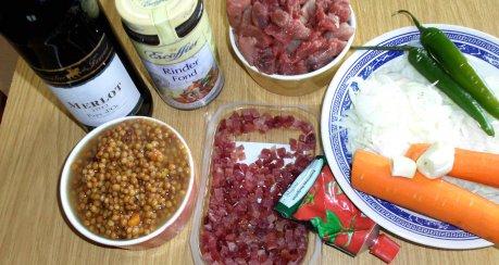 Chili-Linsen-Gulasch mit Wein