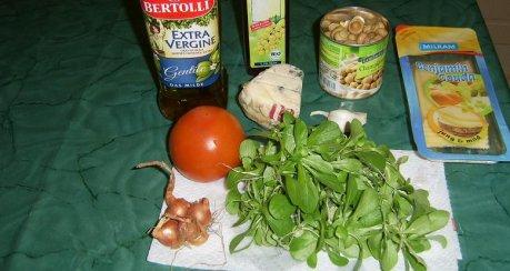 Gemischter Rapünzchensalat