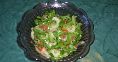 Glasierter Feld- Gurkensalat