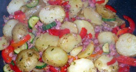 Kartoffelpfanne mediterane Art