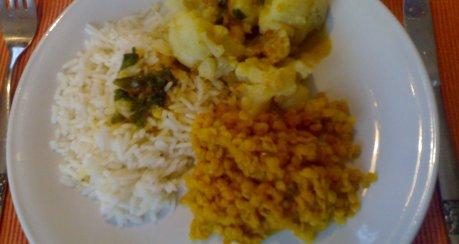 Blumenkohl mit Curry-Linsen