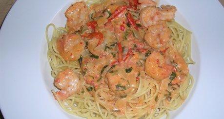 Scharfe Spaghetti mit Garnelen
