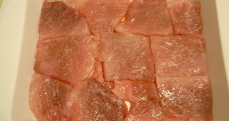 Mjaßo po franzuski (etwa: Zwiebelfleisch französische Art)