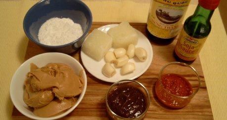 Indonesische Reistafel - Erdnußsauce