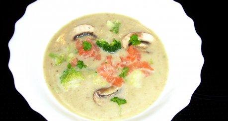 Brokkoli-Champignon-Cremesuppe