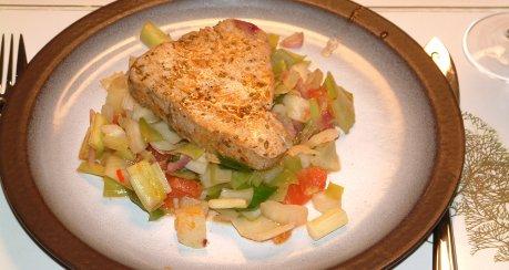 Thunfisch mit Lauch.Fenchel und ouzo im Backofen