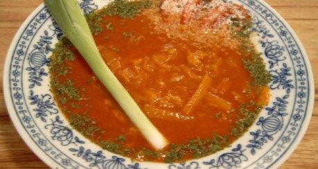 Tomatensuppe Asia (mit Chinakohl, für Megumi san)