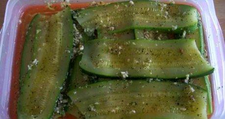 Zucchini-Serrano-Röllchen