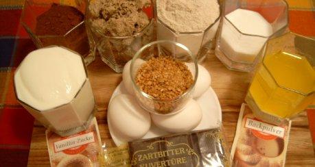 Schüttel-Napfkuchen mit Halva, Kakao und Buchweizen