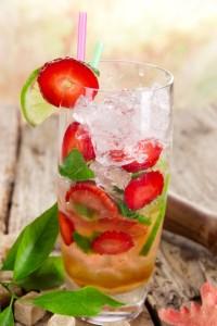 Erdbeere Mojito cocktail
